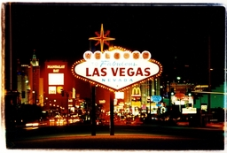 Arriving Las Vegas / Richard Heeps
