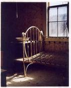 Iron bed, Bodie / Richard Heeps